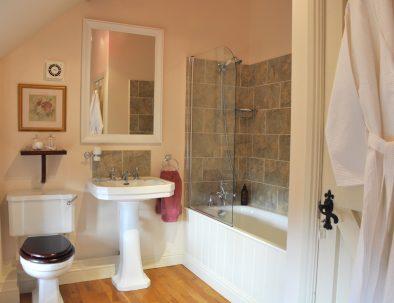 The Hayloft Bathroom with Shower